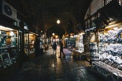 ISFAHAN IRAN, PAŹDZIERNIK, - 06, 2016: tradycyjne irańskie pamiątki Zdjęcia Stock