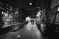 ISFAHAN IRAN, PAŹDZIERNIK, - 06, 2016: tradycyjne irańskie pamiątki Obrazy Stock