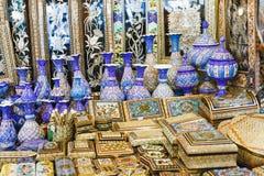 ISFAHAN IRAN, PAŹDZIERNIK, - 06, 2016: Tradycyjni irańczyka rynku półdupki Obrazy Stock