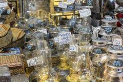 ISFAHAN IRAN, PAŹDZIERNIK, - 06, 2016: Tradycyjni irańczyka rynku półdupki Zdjęcie Stock