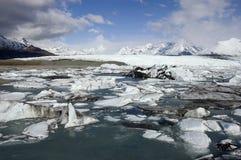 Isflöde på den alaskabo glaciären Royaltyfri Fotografi