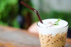 Iskaffe i kafé Royaltyfri Bild