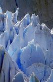 Iskalla bildande av Perito Moreno Glacier på Kanal de Tempanos i Parque Nacional Las Glaciares nära El Calafate, Patagonia, Argen Royaltyfri Foto