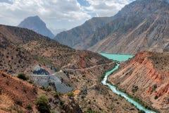 Iskanderkul w Fann górach, nabierający Tajikistan w Sierpień 2018 nabierającym hdr zdjęcia royalty free