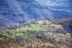 从iskar峡谷的美好的春天风景 库存图片