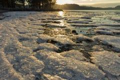Iskristaller på stranden Fotografering för Bildbyråer