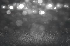 Iskry lśnienia piękna błyskotliwość zaświeca defocused bokeh abstrakcjonistycznego tło, uroczysta mockup tekstura z pustą przestr zdjęcie royalty free