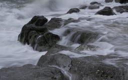 Iskrzasta woda morska Zdjęcia Royalty Free