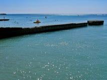 Iskrzasty błękitny morze Obraz Royalty Free