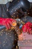 Iskrzy gdy machining spawka koralika na drymbie Obrazy Royalty Free