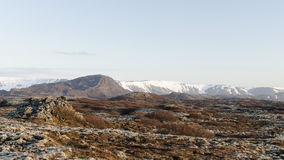 Isländische Landschaft, vulkanisch und schön lizenzfreies stockbild