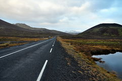 Isländische Straße Stockbilder
