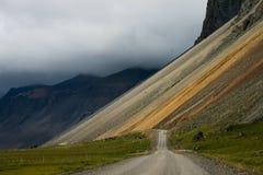 Isländische Straßen lizenzfreie stockbilder