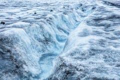Isländischer Gletscher mit blauem Bruch Lizenzfreies Stockbild