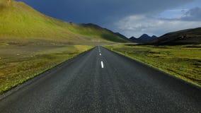 Isländsk huvudväg arkivbild