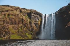 Isländsk vattenfall fotografering för bildbyråer