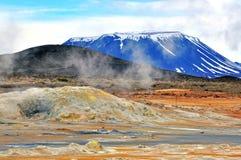 Isländska berg royaltyfria bilder