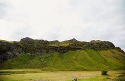 Isländska berg landskap, bakgrund royaltyfri foto