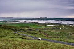 ISL - SUR LES ROUTES D`ISLANDE