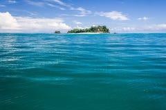 Isla abandonada Imágenes de archivo libres de regalías