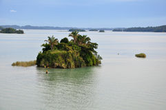 Isla aislada Imagenes de archivo
