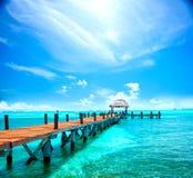 Isla caribeña exótica Complejo playero tropical Foto de archivo libre de regalías