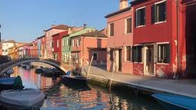 Isla de Burano, Venecia, Italia almacen de metraje de vídeo
