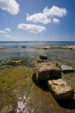 Isla de Castletown de la línea de la playa del hombre fotografía de archivo libre de regalías