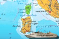 Isla de Cerdeña del barco de cruceros imagen de archivo