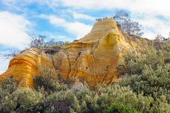 Isla de fraser amarilla de la roca fotografía de archivo libre de regalías
