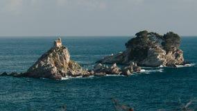 Isla de Katich en el mar adriático almacen de metraje de vídeo