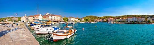 Isla de la opinión panorámica del puerto de Zlarin foto de archivo libre de regalías