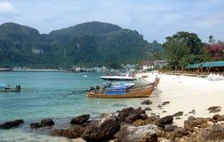 Isla de la phi de la phi - Tailandia Fotos de archivo libres de regalías