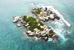 Isla de la roca Imagenes de archivo