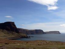 Isla de los acantilados del mar de Skye Foto de archivo libre de regalías