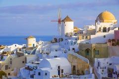 Isla de Oia Santorini, Cícladas, Grecia fotos de archivo