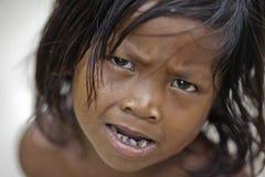 ISLA de OMADA, MALASIA 23 de septiembre: Mar no identificado Bajau ch imagen de archivo libre de regalías