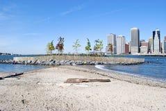 Isla de pájaro en parque del puente de Brooklyn Imágenes de archivo libres de regalías