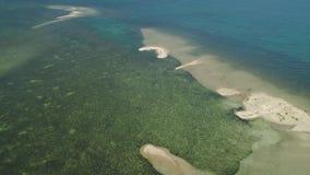 Isla de Sandy en el mar filipinas metrajes