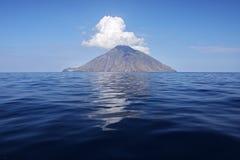 Isla de Stromboli Imágenes de archivo libres de regalías