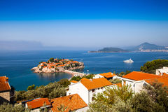 Isla de Sveti Stefan en Montenegro Imagenes de archivo