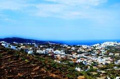 Isla de Thera Santorini Oia con Volcano And Ships In Greece Foto de archivo libre de regalías