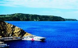 Isla de Thera Santorini Oia de la hermosa vista con Volcano And Ships Greece Fotografía de archivo libre de regalías
