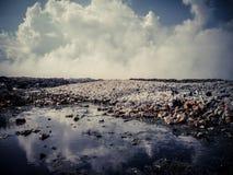 Isla de Thilafushi maldives Descarga de basura, montañas plásticas Imágenes de archivo libres de regalías