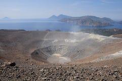Isla de volcán. Imagen de archivo libre de regalías