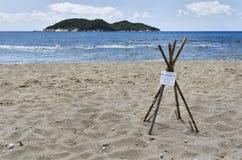 Isla de Zakynthos Grecia, la protección de la jerarquía de la tortuga Foto de archivo