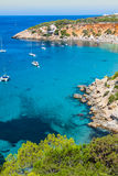 Isla del Es Vedra de Ibiza Cala d Hort en Balearic Island imagenes de archivo