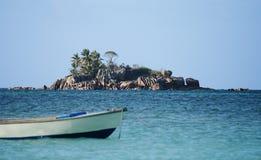 Isla del granito en las Seychelles Foto de archivo libre de regalías