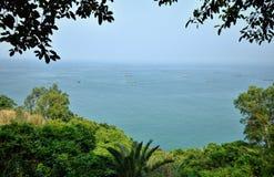 Isla del pollo cerca de Maoming en provincia de Guangdong en China fotografía de archivo