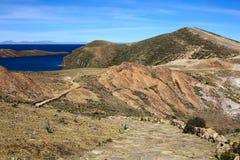 Isla del Sol no lago Titicaca, Bolívia imagens de stock